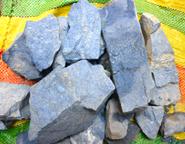 dumortorita en roca